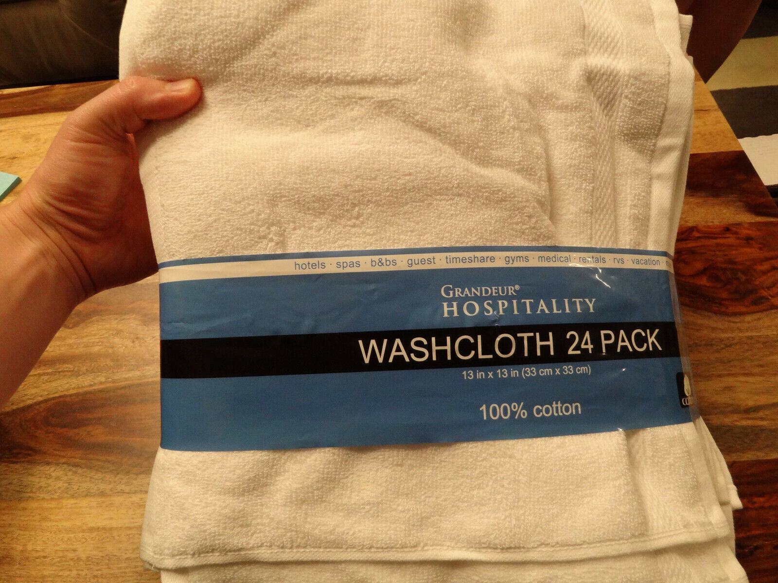 Grandeur Hospitality 12Pk White Washcloth Extra Guest Towels