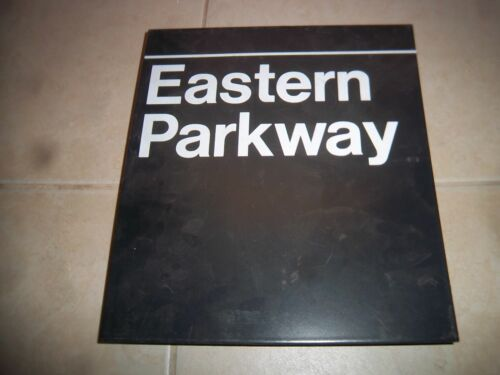 COLLECTIBLE NYC SUBWAY EASTERN PARKWAY BROOKLYN BKLYN NY STATION OLD PILLAR SIGN
