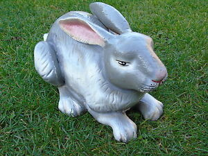 Lapin en fonte pat couleurs et rouille rongeur grand model for Decoration jardin lapin
