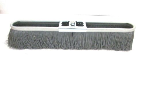 "NOS! NATIONAL BRUSH CO. 18"" GARAGE BROOM FLOOR SWEEP SOFT 3"" BRISTLES #8926-2"