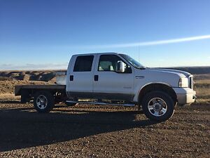 PRICE REDUCED! 2006 F350. Studded and Deleted