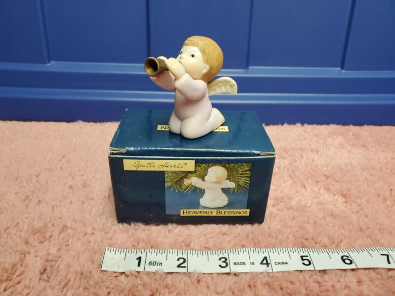 """Carlton Cards Gentle Hearts Nativity Collection """"Heavenly Blessings"""" Figure"""