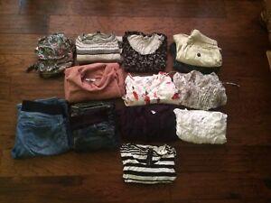 Maternity clothes lot set