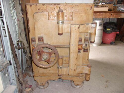 DIEBOLD Antique Iron Safe, Original Paint ??, Late 1800