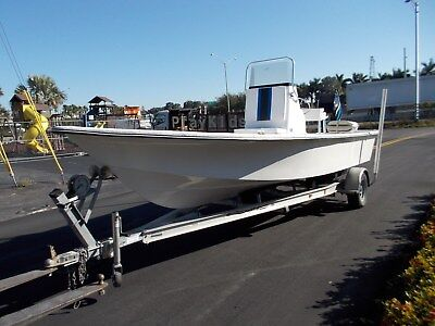 2005 Blazer 22' Bay Boat with Mercury 200 HP and Aluminum Trailer
