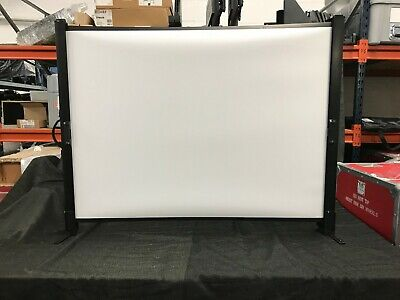 Da-lite 30x40 Fold Portable Projector Presenter Presentation Screen 50 Diag.