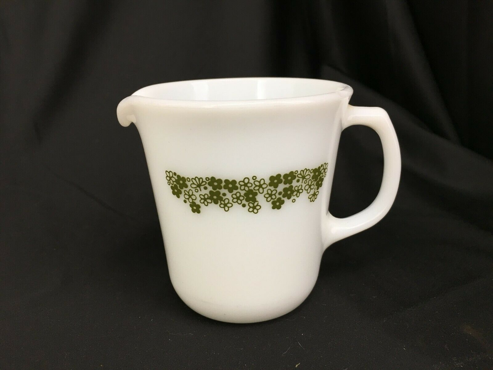Vintage Pyrex Creamer Cup Crazy Daisy - $14.99