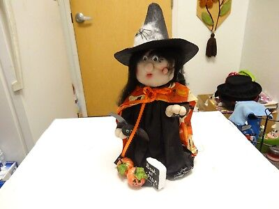 SUPER CUTE Vintage HAND CRAFTED USA WITCH Halloween DESIGN OVER - Super Cute Halloween Crafts