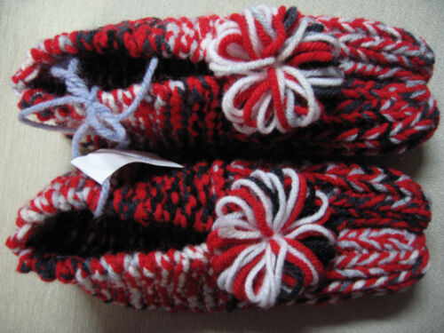 """New Amish Handmade Knit Slippers Red/White/Black Womans Small Mans XX Sm 8"""""""