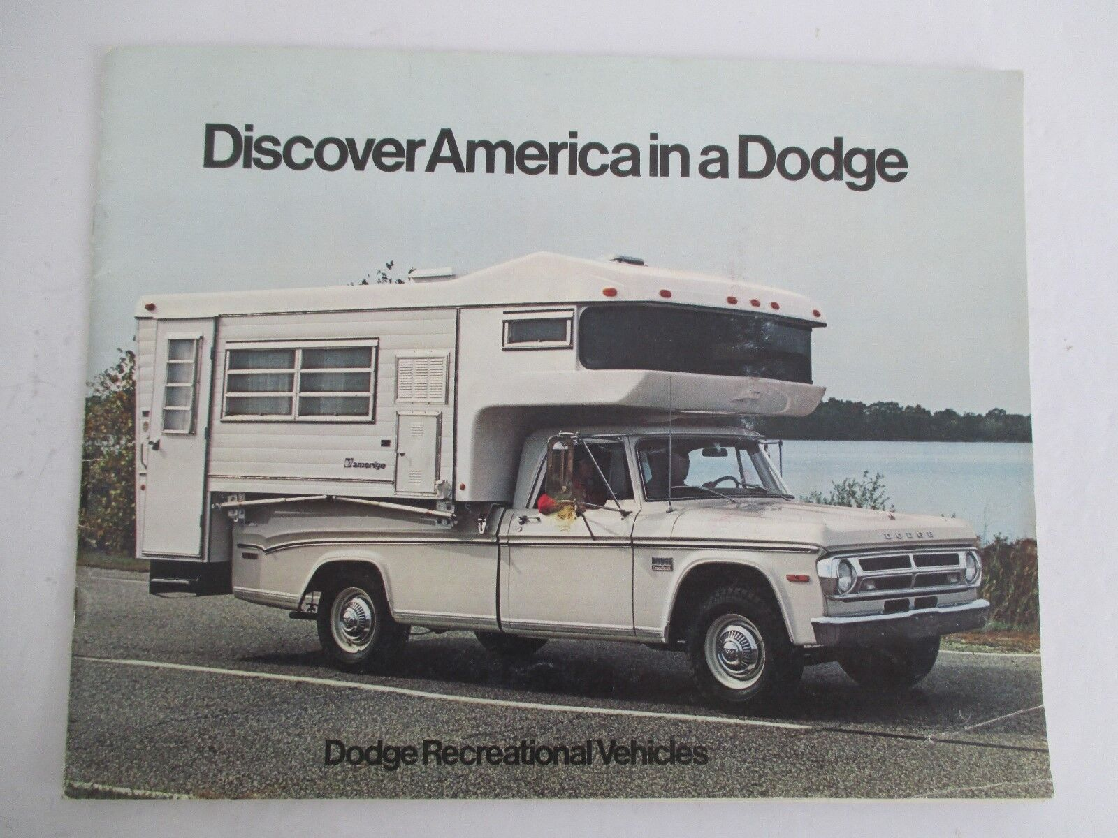 1970 DISCOVER AMERICA IN A DODGE Recreational Vehicles RV Brochure
