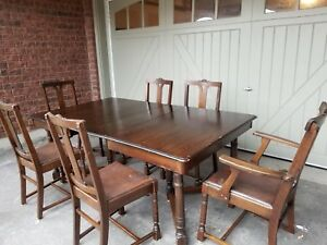 Bon Antique Walnut Dining Table Set 6 Chairs And Table.
