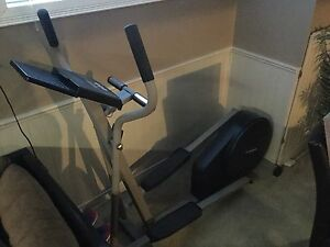 NordicTrack VGR850 Elliptical Fitness Machine