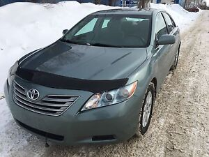 2007 Toyota Camry Hybrid clean title /private sale