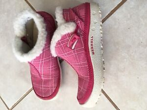 Girls Merrell moccasin shoes