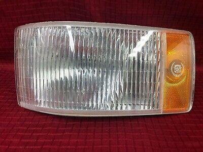 1993 1994 1995 1996 Cadillac Fleetwood Left Parking Cornering Side Light Lamp