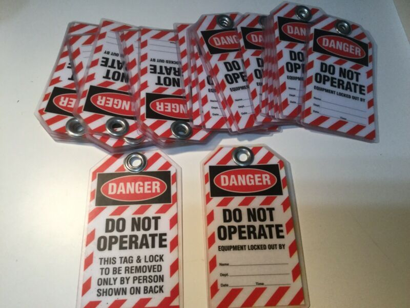 Danger Do Not Operate Plastic Tags Lot Of 25 Brand New