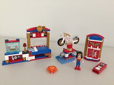LEGO DC Super Hero Girls 41235 Wonder Woman Dorm With Minifigure and Motor Cycle