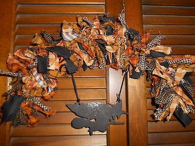 HALLOWEEN RAG GARLAND ARCH Witch metal ornament, Prim, Homespun, Country, - Metal Halloween Archway