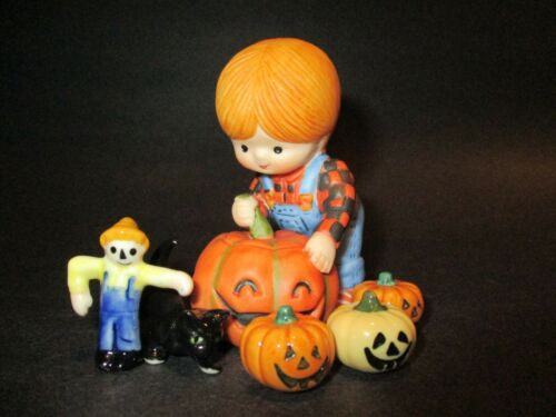 Vintage Halloween Bug House Miniatures & Girl Country Cousins Figurine