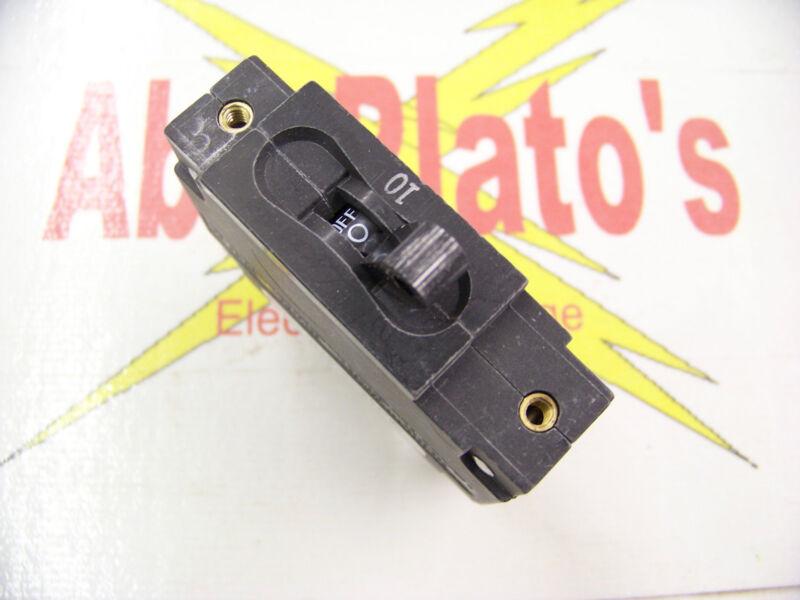Carling Technologies 30 amp Circuit breaker CA1-B2-14-630-321-MG