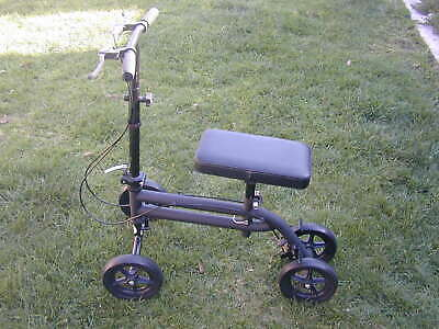 Knee Walker Roller Scooter Steerable Foldable w. Padded Knee Seat