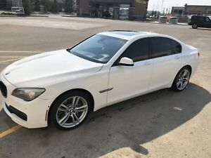 2011 Bmw 750xi ! Price reduced