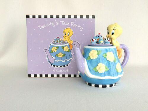 Tweety's Tea Party Ceramic Teapot MIB