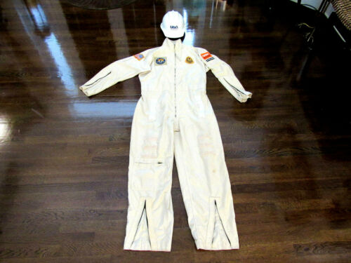 NASA SECURITY PATROL UNITED SPACE ALLIANCE CLEAN ROOM KSC USED SUIT WITH HELMET