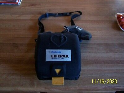 Medtronic Physio-control Lifepak Cr Plus Auto Aed With Pads Battery And Case