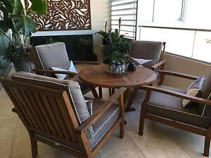 Outdoor table setting as new Narrabeen Manly Area Preview