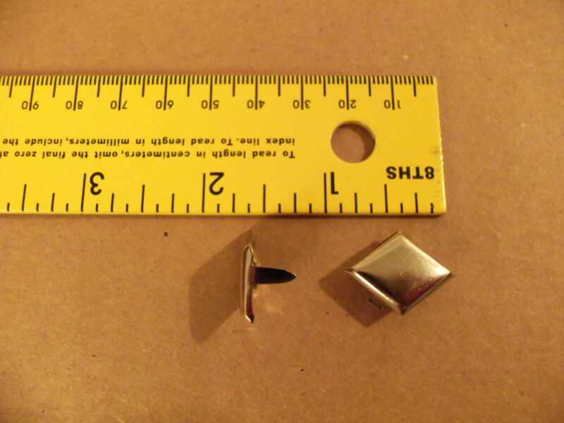 "7/8"" Nickel Plated  / Solid Brass Diamond Spots / Studs For Leather (Pack Of 50)"