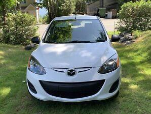 Auto Mazda 2
