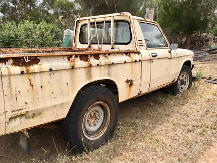 ISUZU 4 WD Farm Ute. MAKE ME AN OFFER?