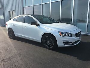 2015 Volvo S60 AWD - custom black appearance pkg