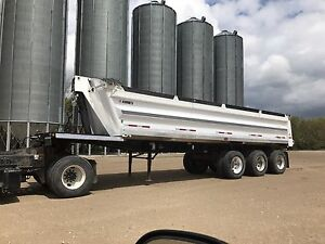 Arnes 3 axle end dump gravel trailer