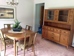 Dining Room Table and Hutch -REDUCED
