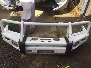 Toyota hilux******2015 ARB deluxe bullbar winch compatible. Liverpool Liverpool Area Preview