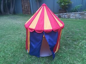 Kids play tent Acacia Gardens Blacktown Area Preview
