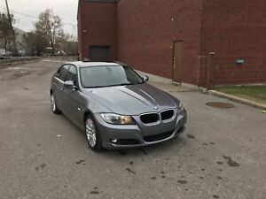 BMW 323I 2011 81000KM AUTOMATIC BLUETOOTH  SUNROOF A/C