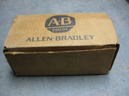 ALLEN BRADLEY 700-RTC20S030U1 Ser A  Solid State Timing Relay