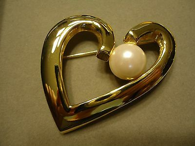 RETRO Very Large Polished Gold Tone Pearl Heart Valentine Sweetheart Brooch Pin