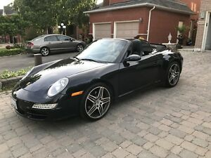 Porsche 911 Carrera 4 Convertible