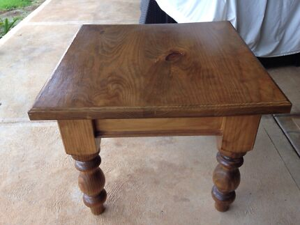 Solid pine square coffee table Gulfview Heights Salisbury Area Preview