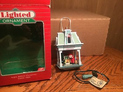 "1988 Hallmark Lighted Ornament ""Night Before Christmas""- 3rd in series- QLX716-1"