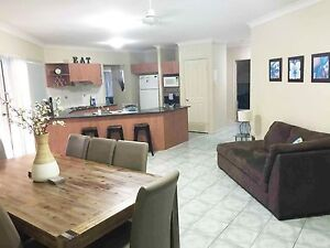 Holiday Gold Coast 4 Bedrooms Sleeps 16 | 2 mins to Theme Parks Upper Coomera Gold Coast North Preview