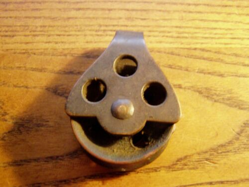 ANTIQUE VINTAGE  BRONZE BOAT PULLEY NAUTICAL SAILBOAT HARDWARE