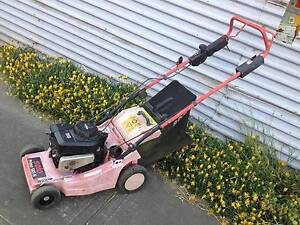 Solo lightweight easy to use petrol mower. Just serviced+warranty Sunshine North Brimbank Area Preview