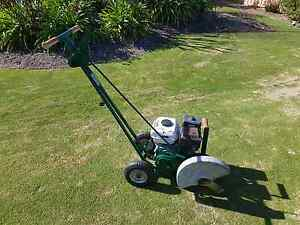 Professional lawn edger Kingsley Joondalup Area Preview