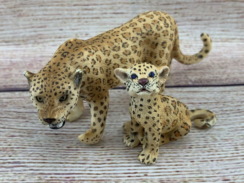 SCHLEICH Lot Wild Animal Figure Leopard JAGUAR Female & CUB Sitting RETIRED