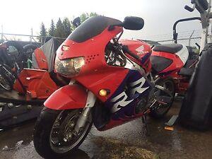 1999 Honda CBR 900rr